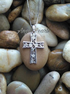 SS Decorative Cross Pendant