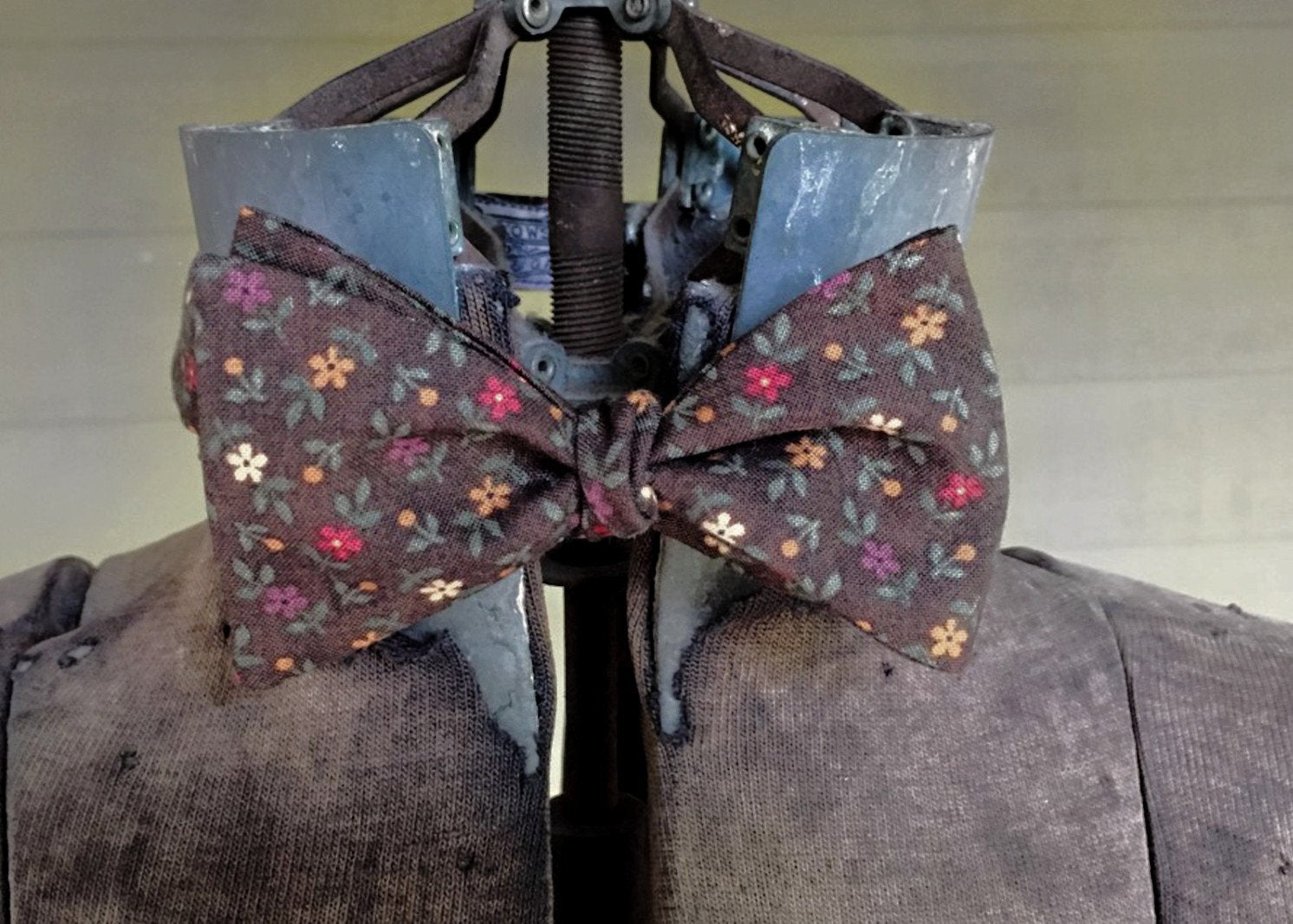 Brown Multi Floral Bowtie