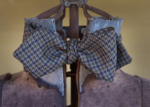 Green Navy Houndstooth Bowtie