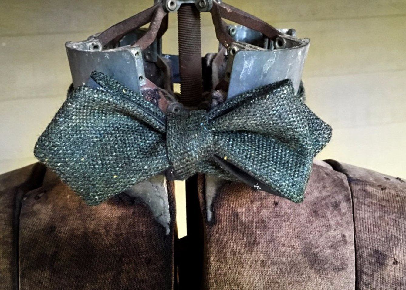 Green Tweed Reversible Bowtie with authentic drape of an Edwardian, 1920's, 1930's bow and are easier to tie unlike most bow ties on the market. Made in USA.