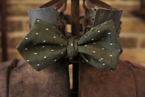 Green White Dot - Edwardian 1920's 1930's dandy cotton bowtie BYBT-vin039 1 - Bykowski Tailor & Garb
