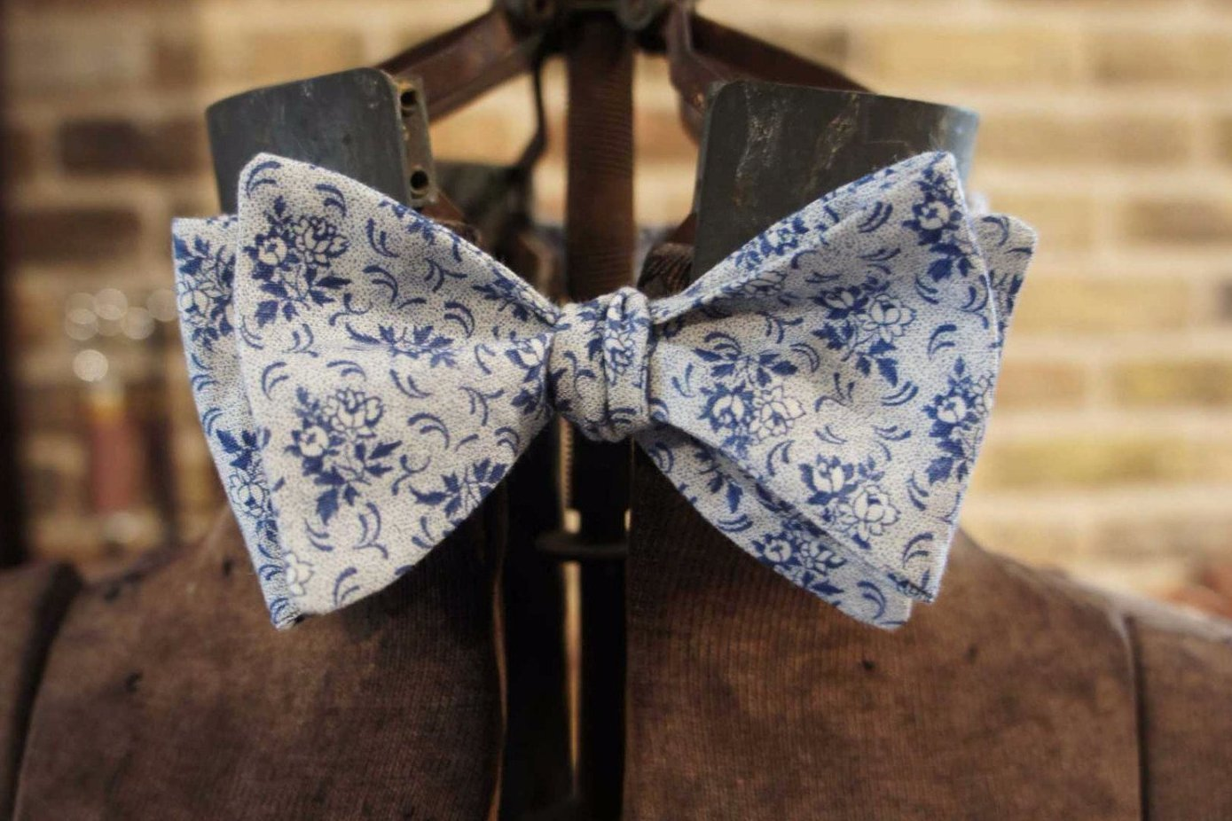 Light Blue Floral - Edwardian 1920's 1930's dandy cotton bowtie BYBT-vin55 1 - Bykowski Tailor & Garb