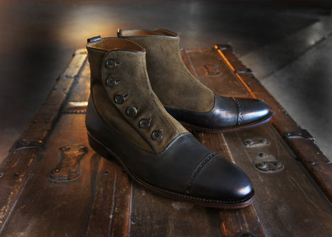 Merganser Two tone Button Boot