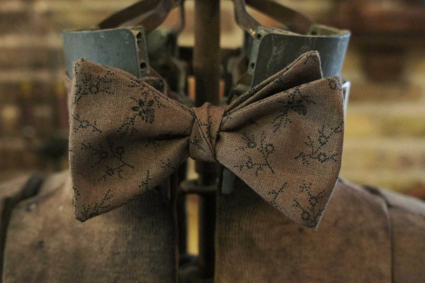 Olive Brown Floral - Edwardian 1920's 1930's dandy cotton bowtie BYBT-MF46510114 1 - Bykowski Tailor & Garb
