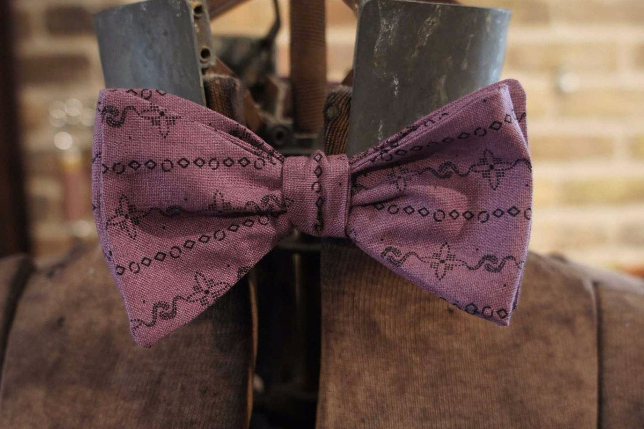 Purple Floral Stripe - Edwardian 1920's 1930's dandy cotton bowtie BYBT-vin048 1 - Bykowski Tailor & Garb