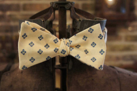 Soft Yellow Blue Star Seed - Edwardian 1920's 1930's dandy cotton bowtie BYBT-vin034 1 - Bykowski Tailor & Garb