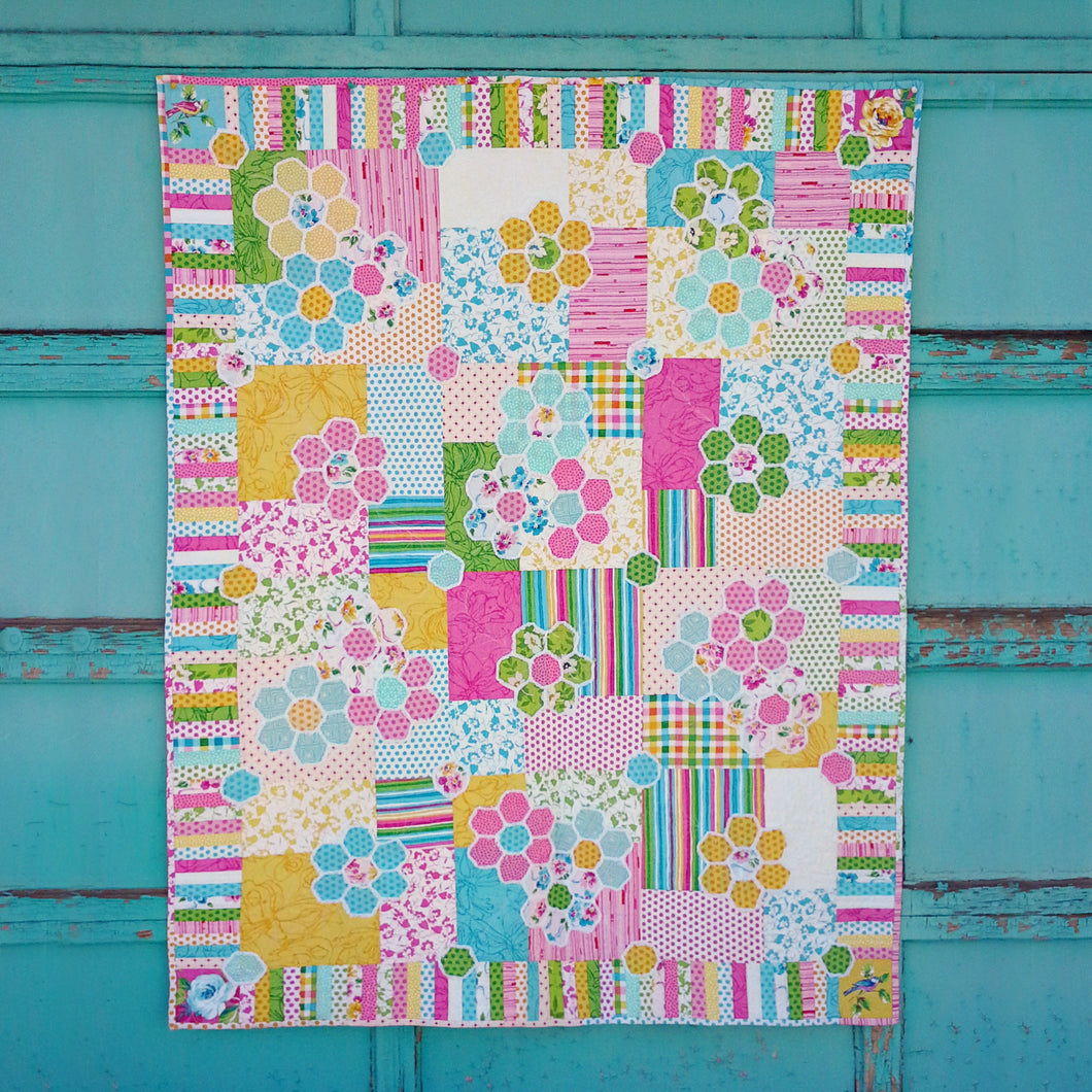 Hexi-Gone Quilt pattern