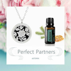 doTERRA Balance Autumn Leaves Design Aromatherapy Diffuser Necklace - Gift Box