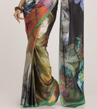 Green & Black Crepe Printed Saree With Blouse Piece