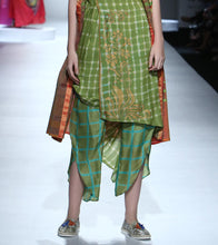 Green Silk Printed Pant