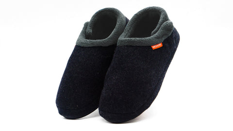 The Archline Orthotic Slippers are the World's Most Comfortable Slippers.They are Super Lightweight, Warm, Comfortable and Slip Resistant. The Closed Slippers have an adjustable Velcro closure.The signature ARCHLINE Orthotic Base is built in to the slipper and is perfect for foot pain, heel pain, arch pain, plantar fasciitis, overpronation and many more foot conditions.