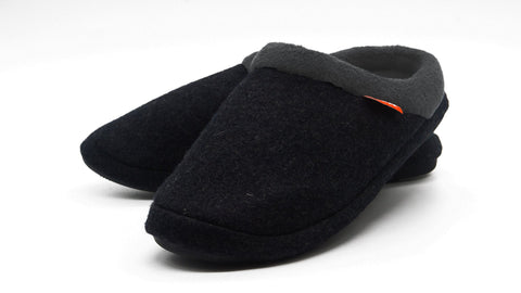 The Archline Orthotic Slippers are the World's Most Comfortable Slippers.They are Super Lightweight, Warm, Comfortable and Slip Resistant. The Slip On Slippers are easy to wear.The signature ARCHLINE Orthotic Base is built in to the slipper and is perfect for foot pain, heel pain, arch pain, plantar fasciitis, overpronation and many more foot conditions.