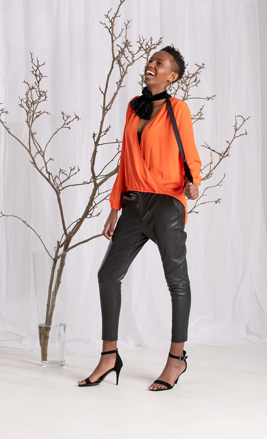 STRETCH LEATHER DROP CROTCH PANTS