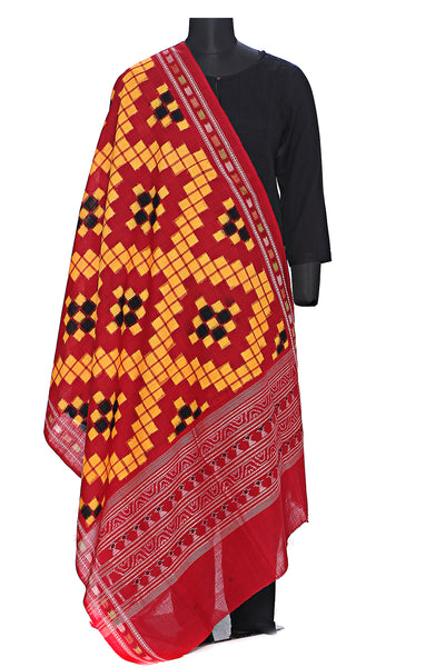 Pure cotton pasapalli double ikat dupatta in mustard and red
