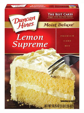 Duncan Hines Moist Deluxe Lemon Supreme Cake Mix (517g)