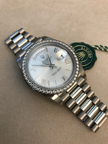 Rolex Day Date 40 18k White Gold Silver Romans President Band