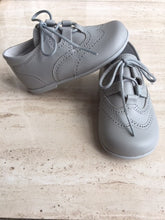 "OLIVIA ANN ""Gaelic"" Brogue Shoes- Grey"