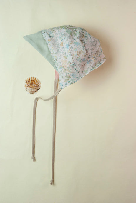 Reversible Flower Peaked Bonnet