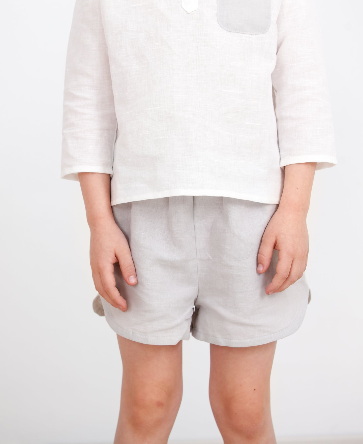 Leonard Linen Shorts- Light Grey