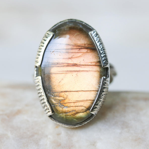 Labradorite and silver cocktail ring with stunning oval labradorite cabochon gemstone - Metal Studio Jewelry