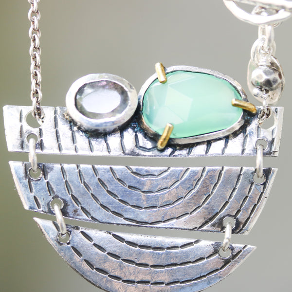 Sterling silver semi-circle engraving texture folding accordion pendant necklace with Chrysoprase and labradorite in silver bezel setting