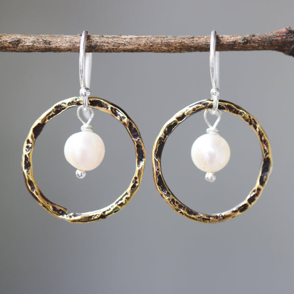 Freshwater pearls earrings and oxidized brass circle shape in hammer textured on sterling silver hook style - Metal Studio Jewelry
