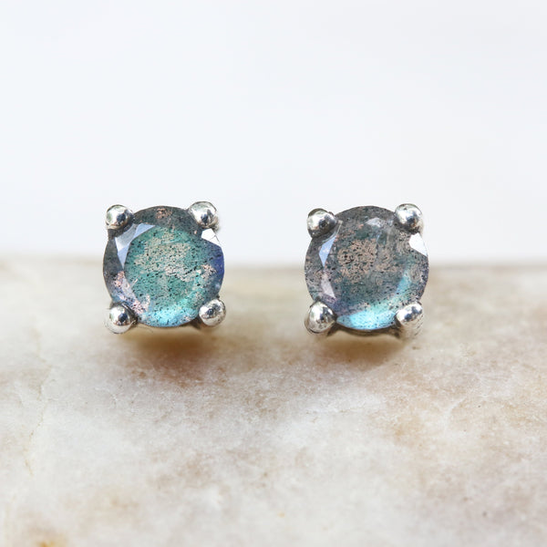 Sterling silver stud earrings with faceted labradorite in prongs setting with sterling silver post and backing(FBA)