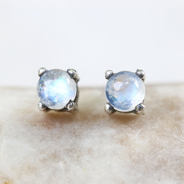 Sterling silver stud earrings with cabochon moonstone in prongs setting with sterling silver post and backing(FBA)