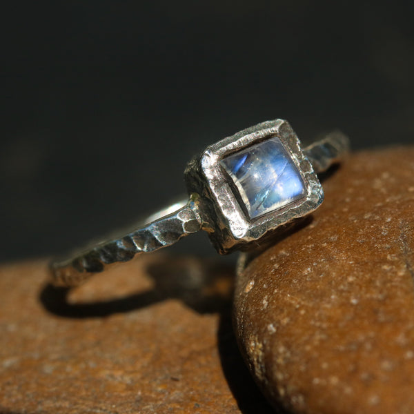 Sterling silver hard texture oxidized ring with tiny square moonstone in silver bezel setting - Metal Studio Jewelry
