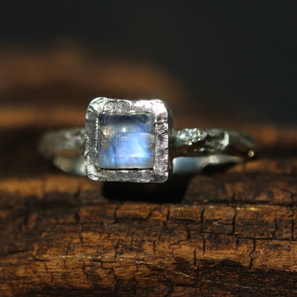 Silver ring with tiny square cabochon moonstone in silver bezel setting - Metal Studio Jewelry
