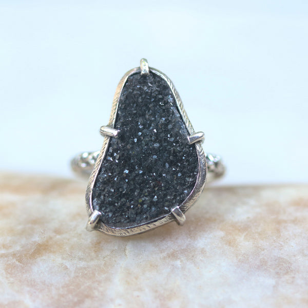 Triangle black Brazilian druzy ring in silver bezel and prongs setting with sterling silver oxidized texture design band - Metal Studio Jewelry