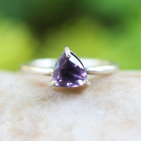 Trillion Amethyst ring in silver bezel and prongs setting with sterling silver round design band - Metal Studio Jewelry