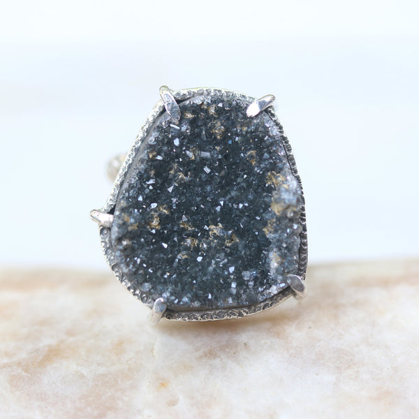Triangle black Brazilian raw druzy ring in silver bezel and prongs setting with sterling silver oxidized texture design double band - Metal Studio Jewelry
