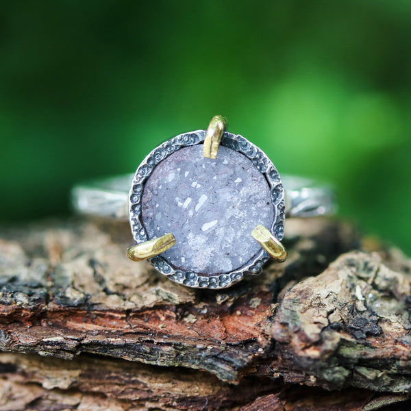 Grey round druzy quartz ring in silver bezel and brass prongs setting with sterling silver leaf design engraving band