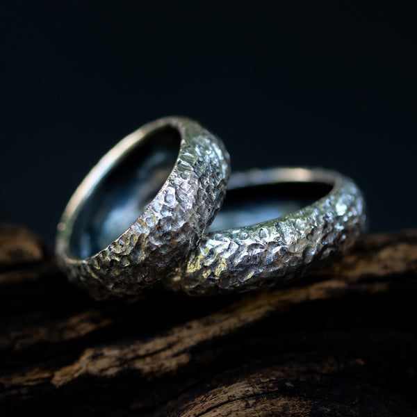 Set of his and her wedding bands ring in sterling silver hard textured - Metal Studio Jewelry