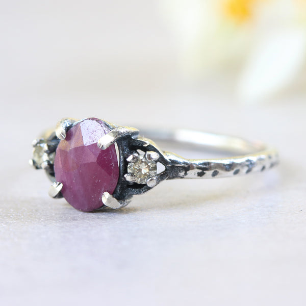 Ruby ring in rose cut with tiny diamond side set in silver prongs setting - Metal Studio Jewelry