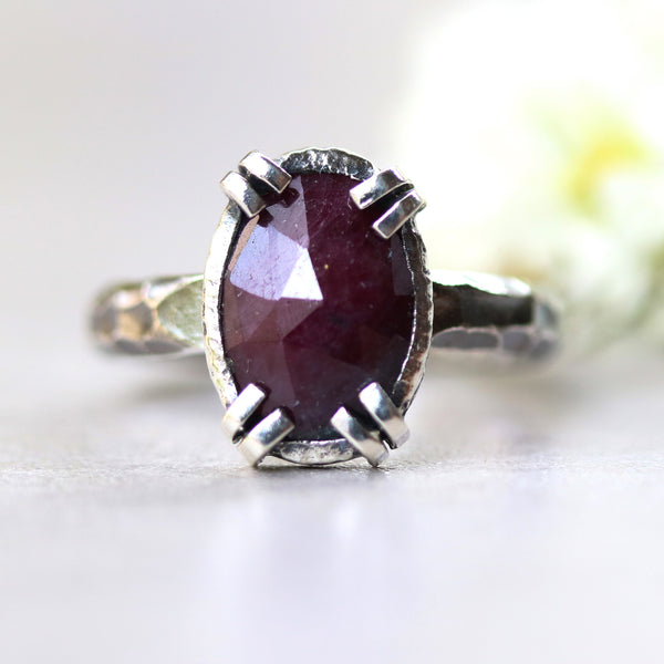 Large ruby ring in silver bezel and double prongs setting with sterling silver oxidized hard textured band - Metal Studio Jewelry