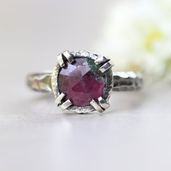Round Ruby zoisite ring in silver bezel and double prongs setting with sterling silver oxidized hard textured band - Metal Studio Jewelry