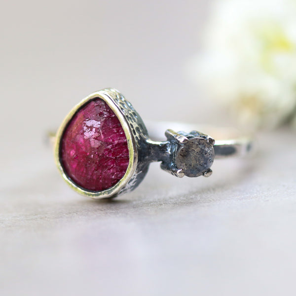 Large red ruby ring in silver bezel setting and round labradorite with sterling silver hammer texture design band