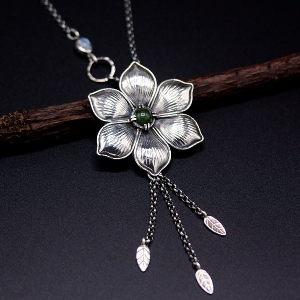 Round cabochon Green Jade in silver flower necklace with moonstone on the side - Metal Studio Jewelry