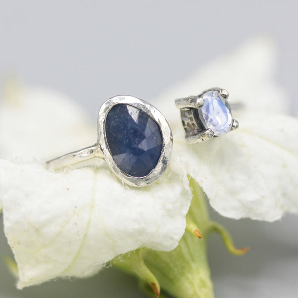 Blue sapphire ring with tiny oval faceted moonstone  with sterling silver oxidized hammer texture design band - Metal Studio Jewelry