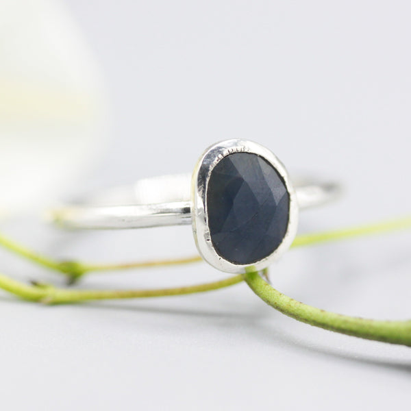 Blue sapphire ring in bezel setting with sterling silver high polished band - Metal Studio Jewelry