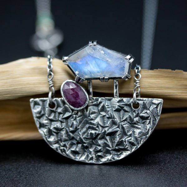 Faceted moonstone and Ruby pendant necklace in silver bezel and prongs setting