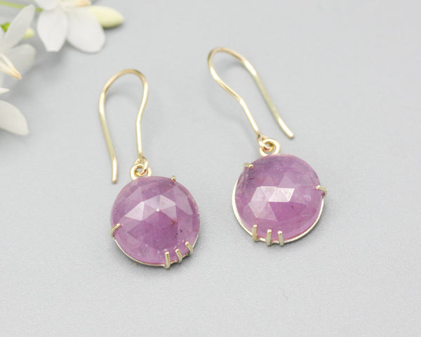 Earrings round rose cut pink sapphire with 18k gold in prongs setting and hooks style on the top - Metal Studio Jewelry