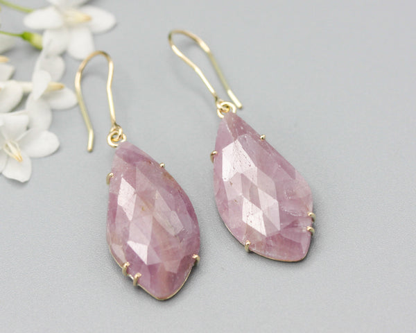 Earrings rose cut pink sapphire with 18k gold in prongs setting and hooks style on the top - Metal Studio Jewelry