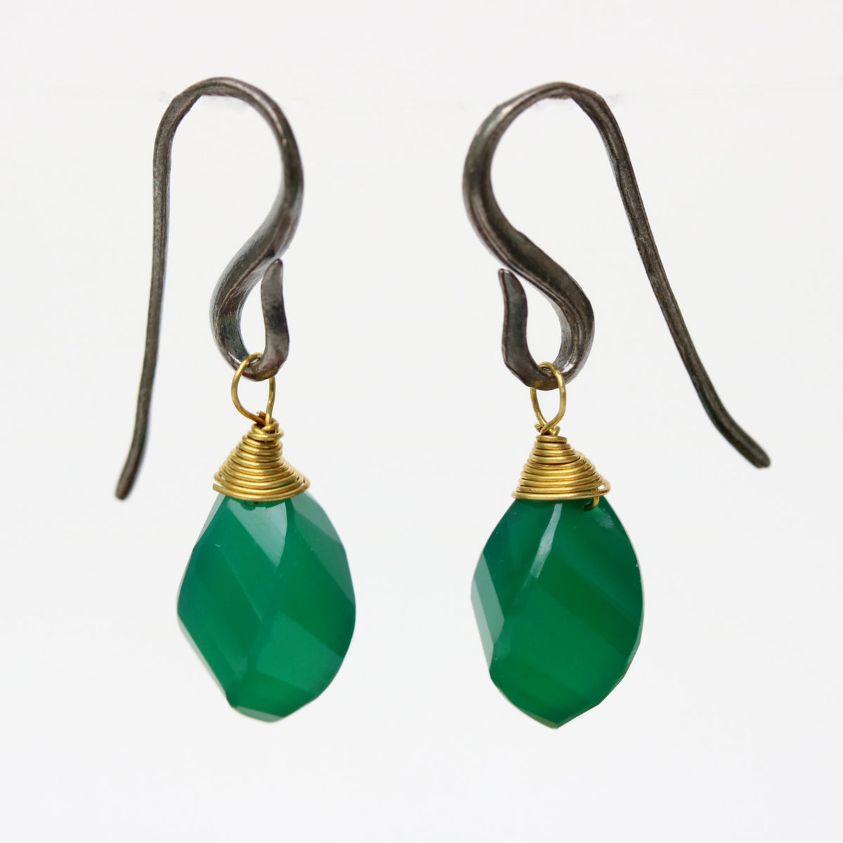 Green onyx drops twist faceted earrings with oxidized sterling silver hooks