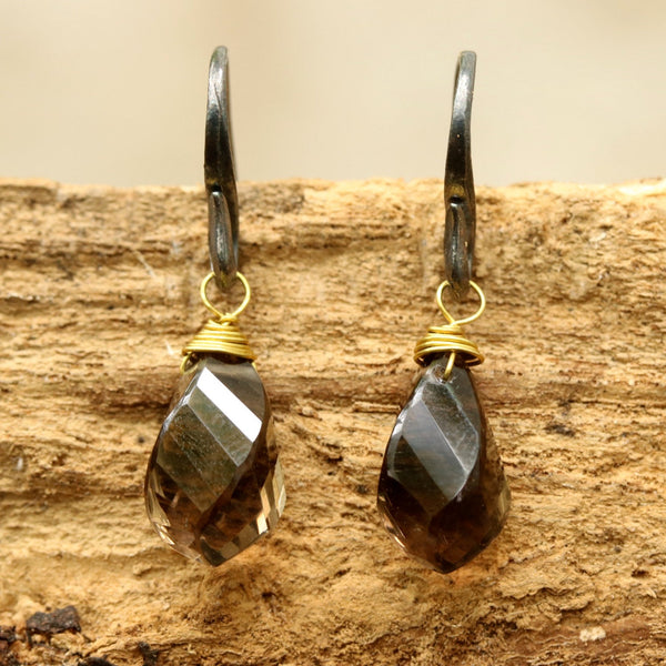 Smoky quartz drops twist faceted earrings with oxidized sterling silver hooks - Metal Studio Jewelry