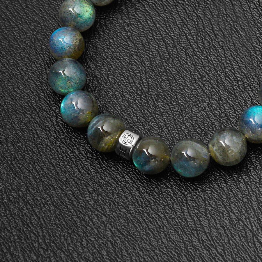 Labradorite gemstone bracelet. High quality gemstone with strong colour flashes