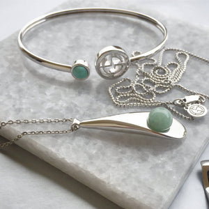 GEMS IN STYLE Necklace with AVENTURINE and Cuff with Turquoise, 925 Sterling Silver with Rhodium plating. Modern Minimalist Gemstone Jewellery.