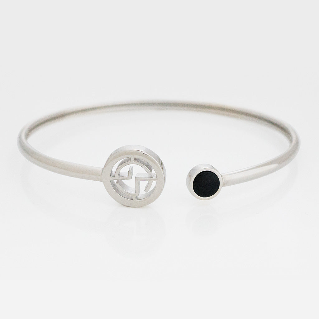 GEMS IN STYLE cuff - Signature collection, ONYX gemstone, 925 Sterling Silver with Rhodium plating. Modern Minimalist Gemstone Jewellery.